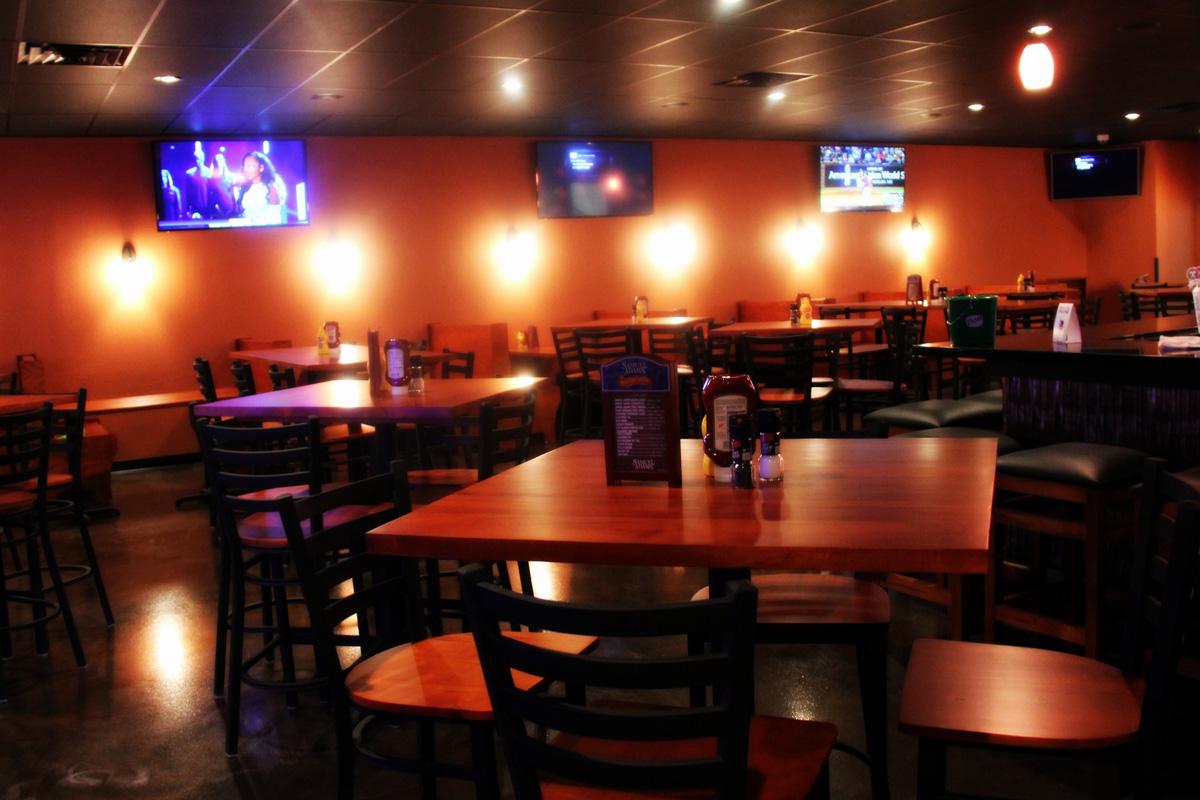 Franklin Sports Bar | Great Food | Drink Specials