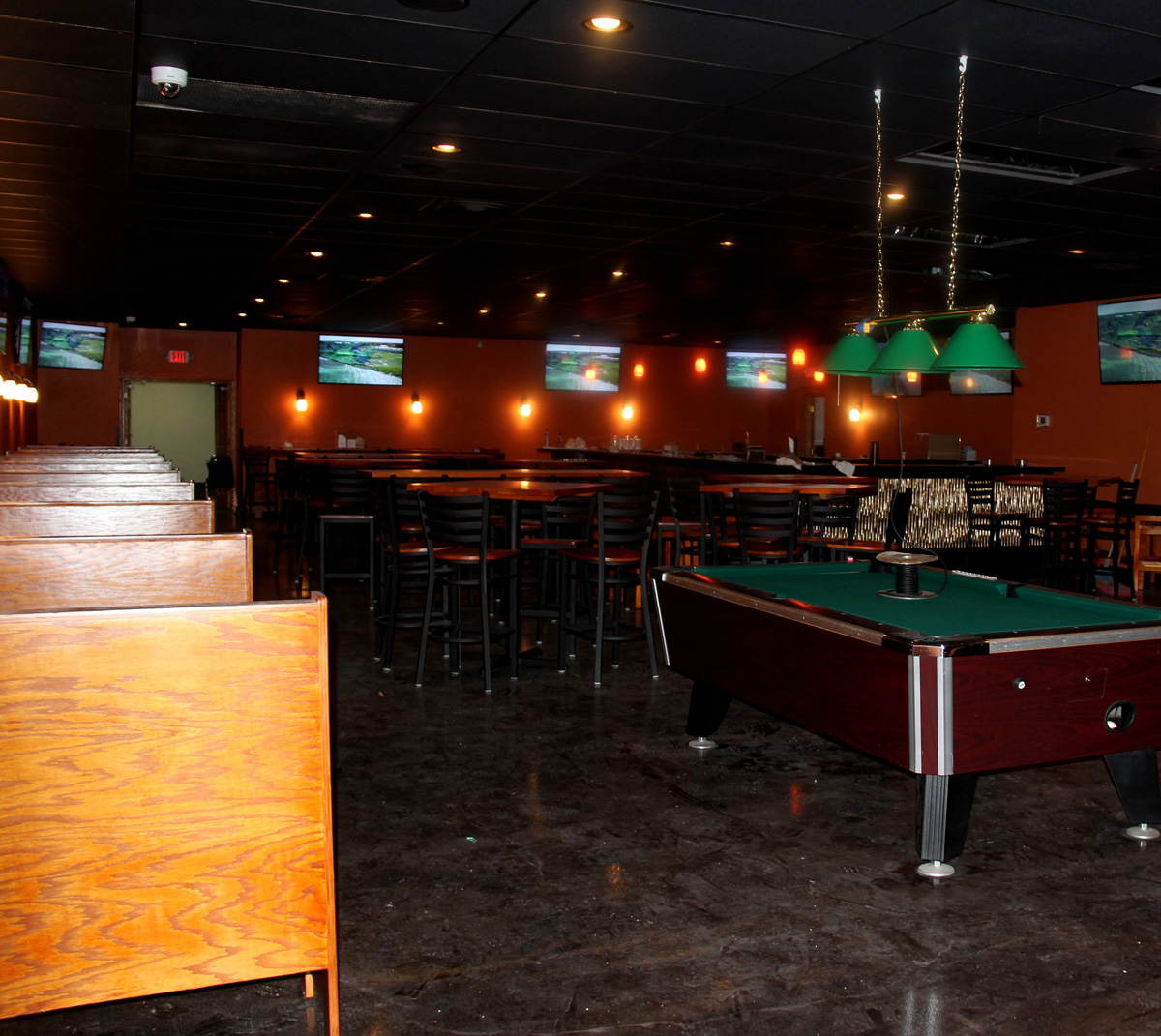 Sports Bar Furniture Bucks Sports Bar \\u0026 Grill Furniture ...
